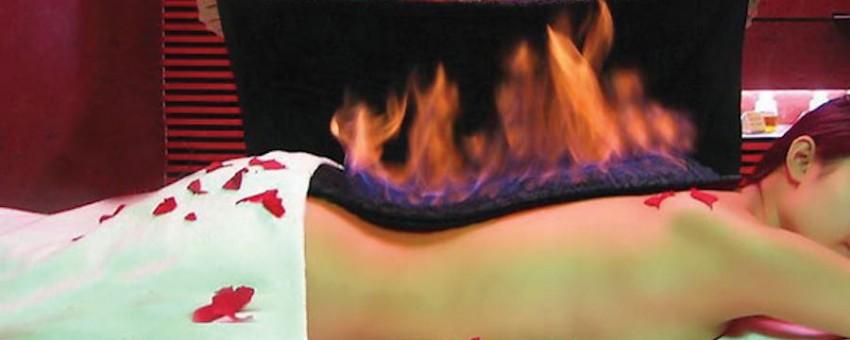 """Ognisty Smok"""" – masaż płonącym ręcznikiem"""